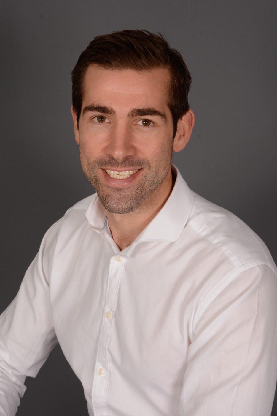 Oliver Marshall, BA(Hons)